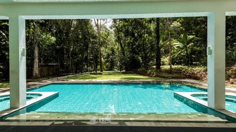 Palmstone-retreat-pool